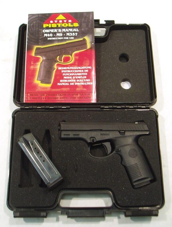 Pistola STEYR, modelo M9, calibre 9 Pb. nº 005366 -229