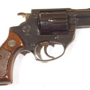 Revolver ASTRA, modelo 680, calibre 38 Sp., nº R426686.-0