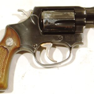 Revolver SMITH & WESSON, modelo 36, calibre .38 Sp., nº J977003-0