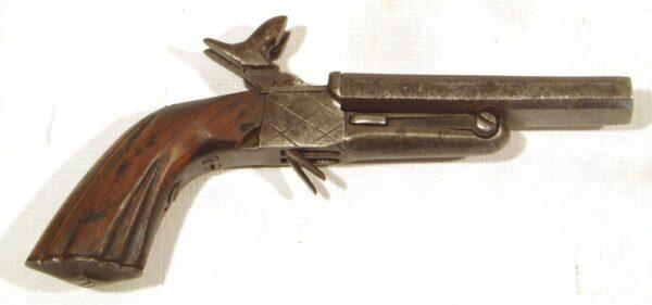 Pistola SIN MARCA, modelo de 2 cañones basculantes, calibre 7 mm., nº 72-1588