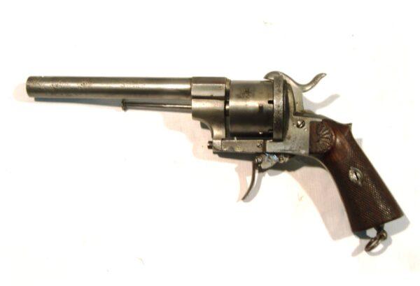 """Revolver P. ECHEVARRIA, modelo """"PARTICULARES"""", calibre11 mm., SN9387-3792"""