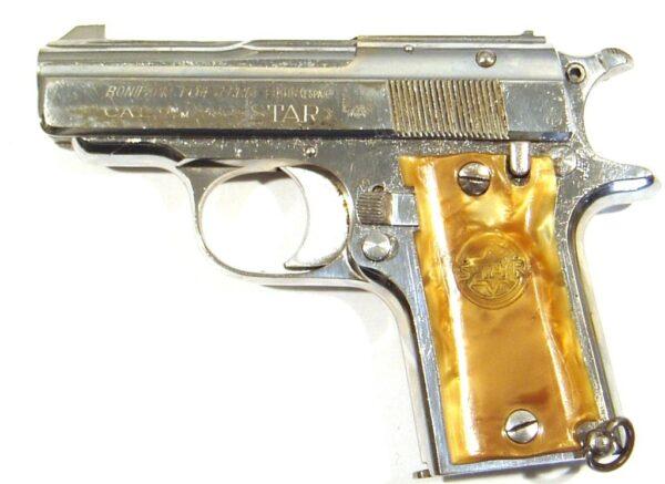 Pistola STAR, modelo HN, calibre 9 corto, nº 173962-2541