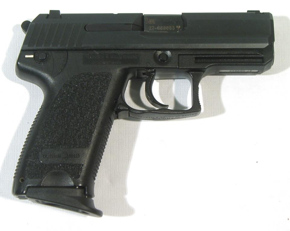 Pistola H&k, modelo USP COMPACT, calibre 9 Pb., nº 27-06953-0
