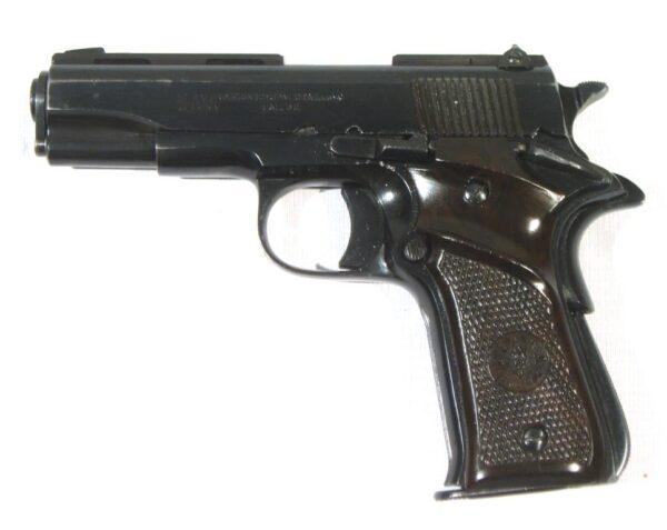 Pistola LLAMA, modelo IIIA, calibre 7,65, nº 646391-3214