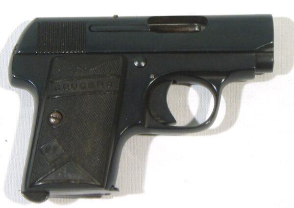 Pistola CRUCERO, modelo BROWNING, calibre 6,35, nº 78-0