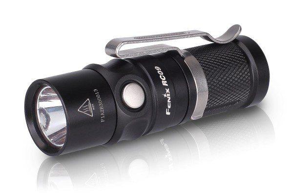 Linterna FENIX, modelo RC09, 550 lumens, 4 modos+estrobo-0
