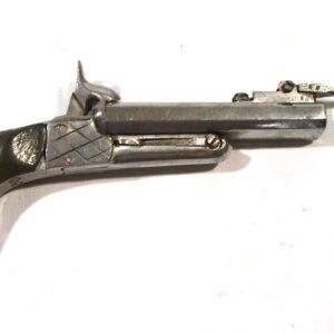 Pistola original SIN MARCA, modelo 2 cañones con bayoneta de 7 cm. calibre 10,5 mm, nº 39.-0