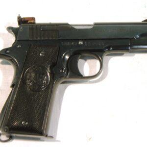 Pistola LLAMA, modelo III, calibre 9 corto, nº 138545-0