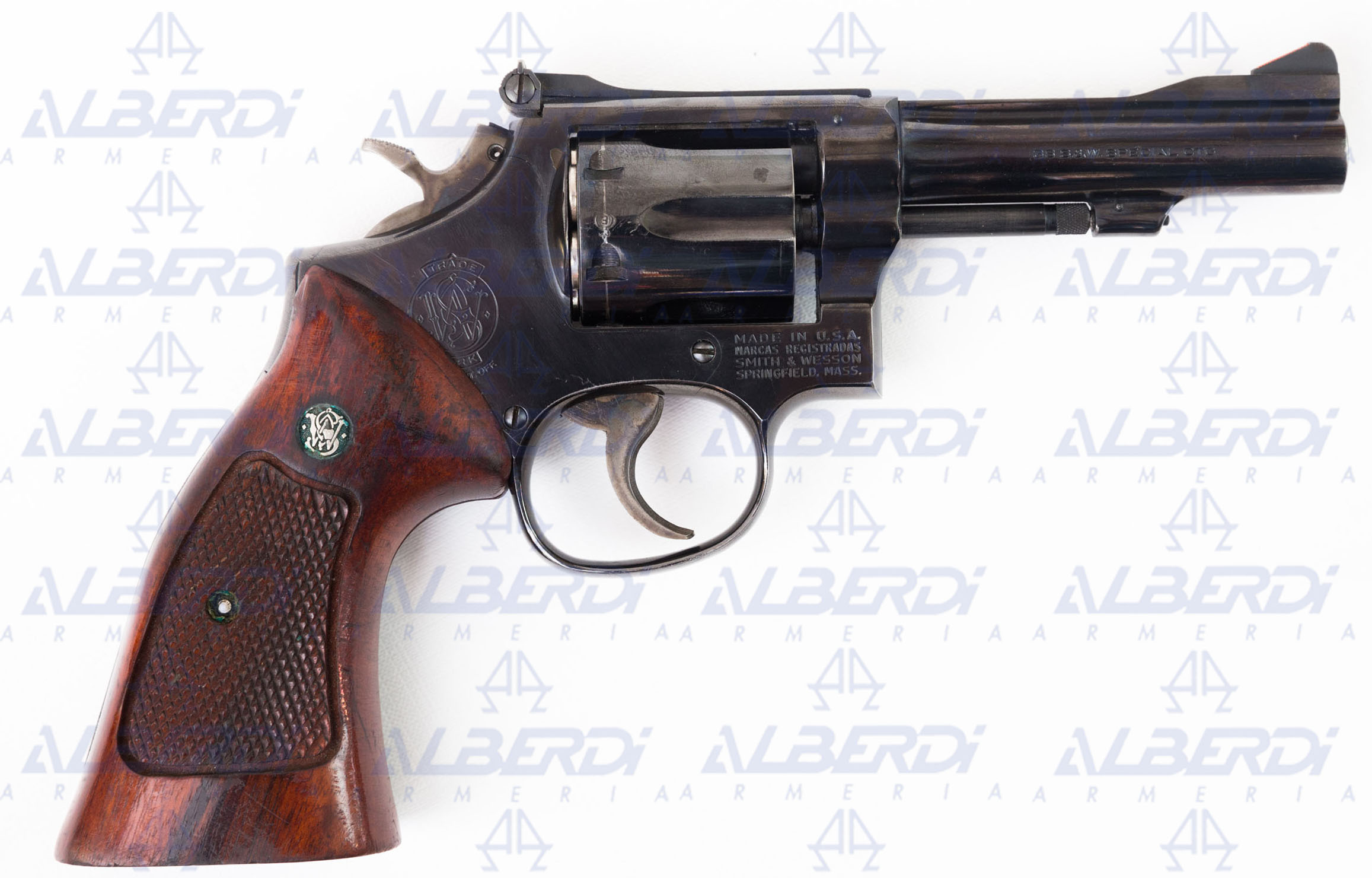 Revolver SMITH-WESSON modelo 15-4