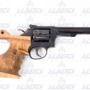 Revolver SMITH-WESSON modelo 14-4